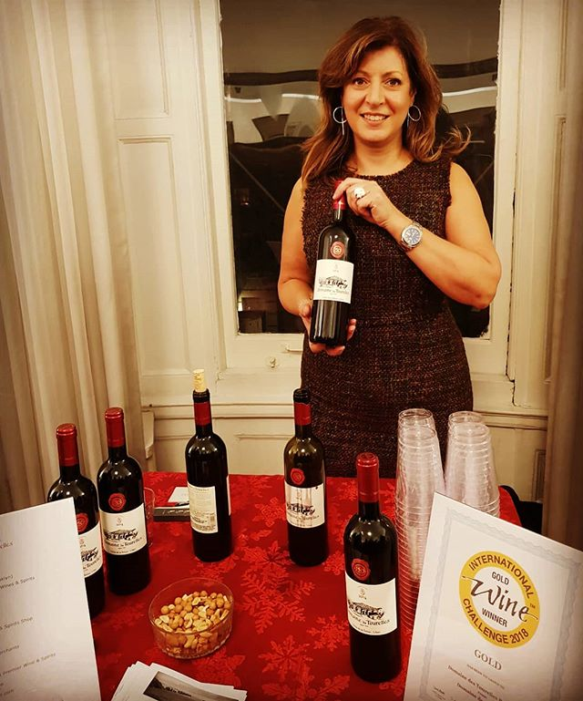 Celebrating Lebanese Independence Day (a few days early) with a Lebanese wine tasting at the Consul General's Residence. I was of course pouring the crowd fave @domainedestourelles, Bekaa Rouge 2014 which showed beautifully.  #wine #winetasting #lebanesewine #winesoflebanon  #domainedestourelles #bekaavalley #bekaaRouge #organicwine #nativeyeast #concretetank