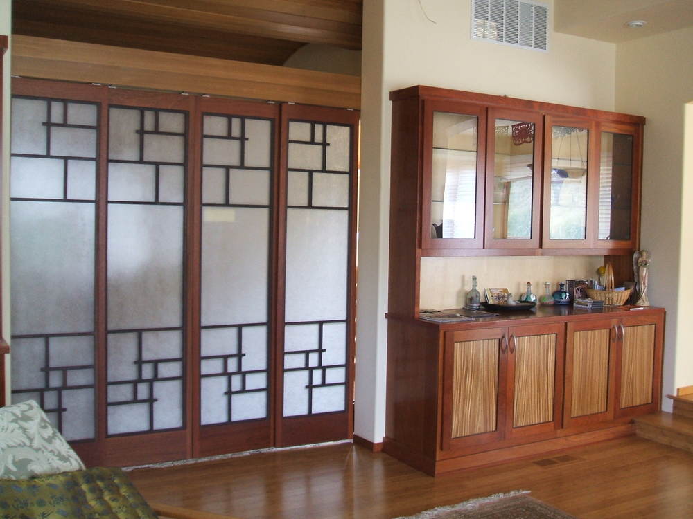 Custom Soji screens in Jatoba and Wenge with rice paper panels, Aptos