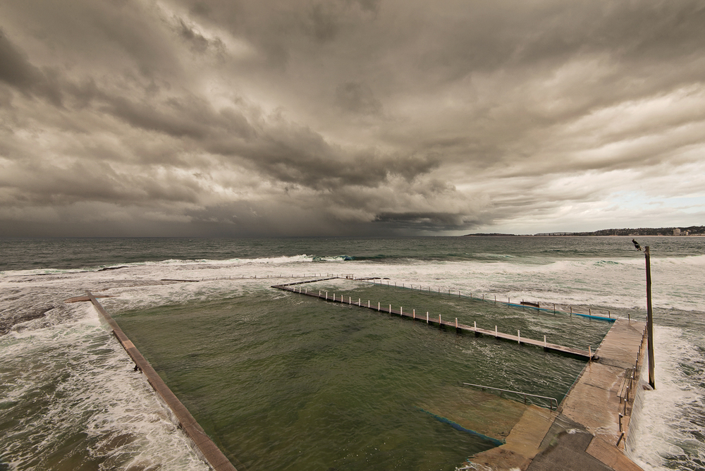 Incoming storm Narrabeen