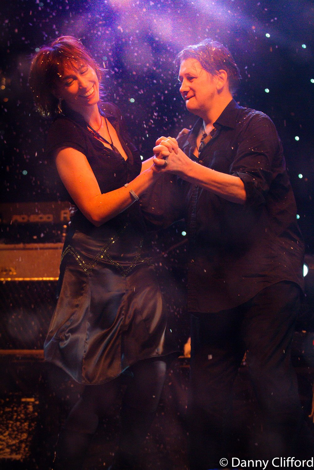 Cait & Shane dancing during a live performance or Fairytale of New York.