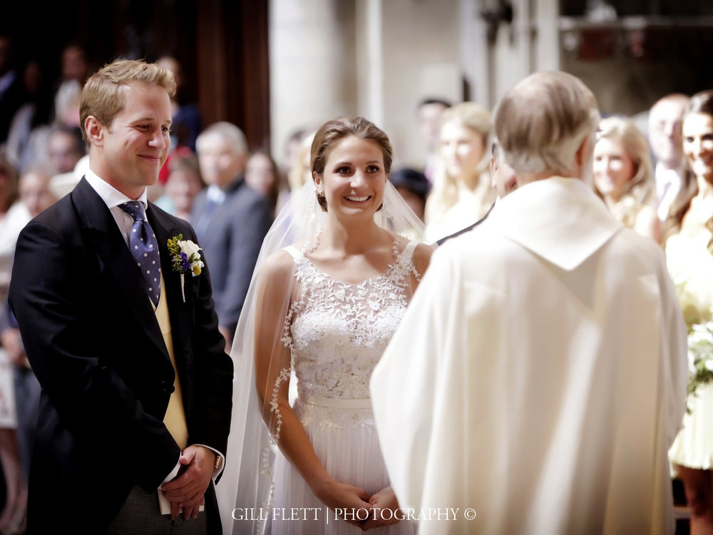 ely-cathedral-ceremony-wedding-gill-flett-photo.jpg