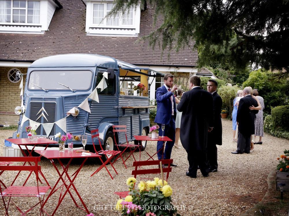 summer-wedding-details-gill-flett-photo.jpg