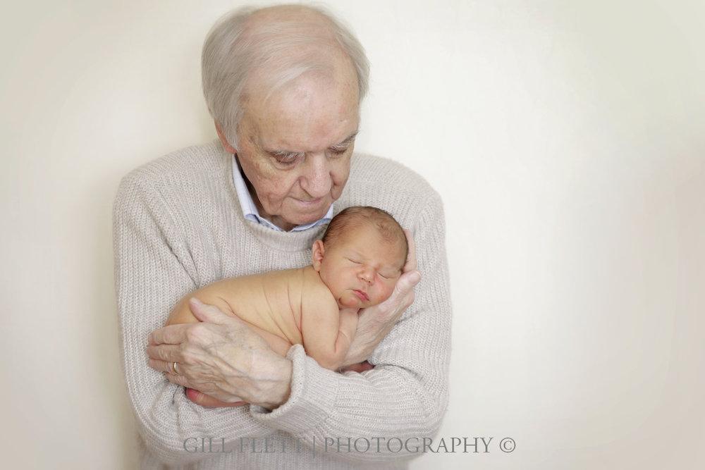 great-grandfather-newborn-gillflett-london-img_3800.jpg