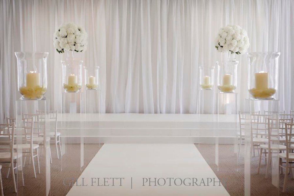 white-wedding-grove-black-tie-wedding-gillflett-photo_img_0003.jpg