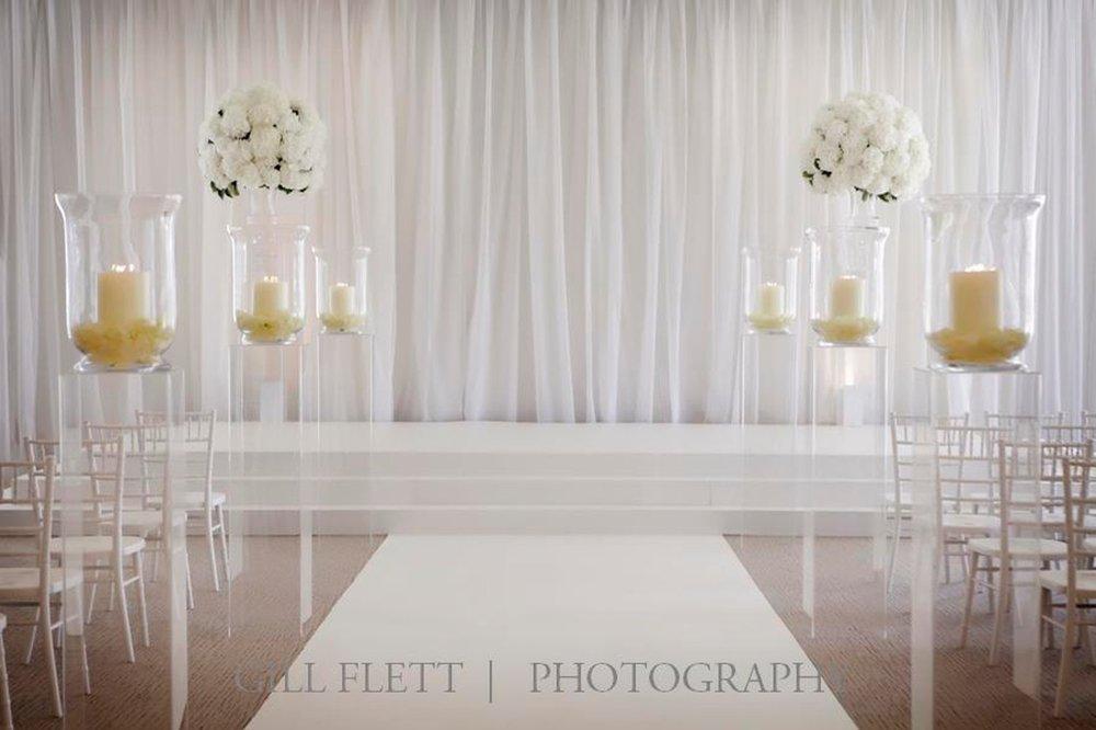 white-wedding-grove-black-tie-wedding-gillflett-photo_img_0003.jpg