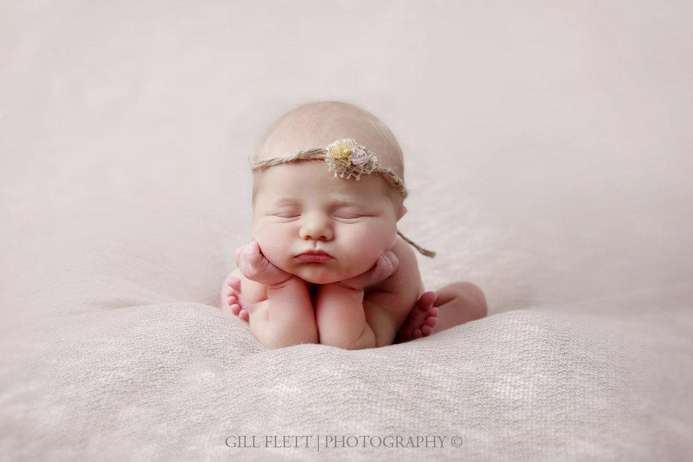 newborn-girl-sibling-gillflett-photo_img_0074.jpg