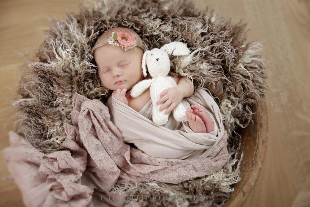 newborn-wrapped-bowl-headtie-teddy-girl-gillflett-photo_img_0004.jpg