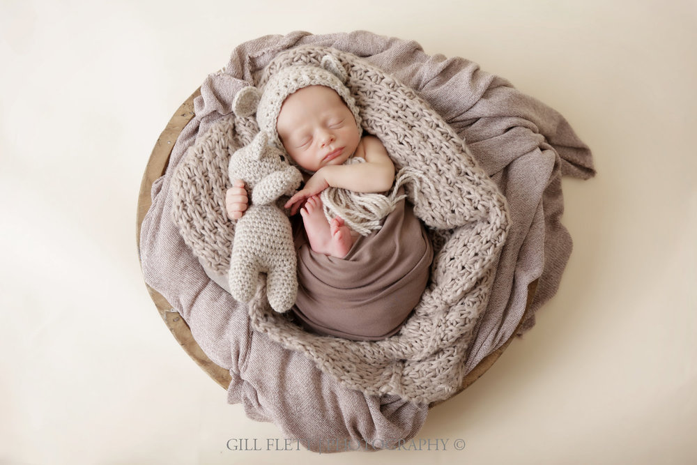 newborn-boy-teddy-bowl-brown-gillflett-london.jpg