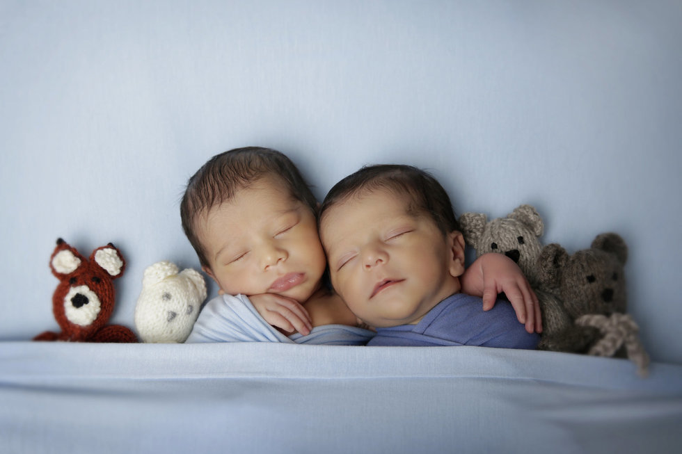 london-newborn-photographer-newborn-twins-gillflett_IMG_0033.jpg