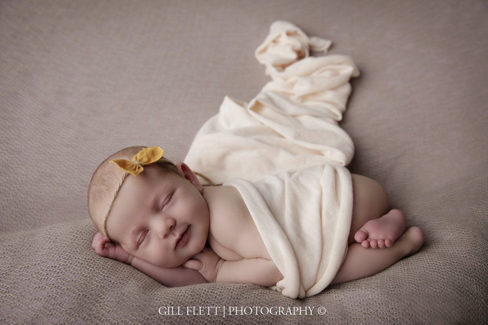 surrey-newborn-photographer-newborn-gillflett_IMG_0024.jpg