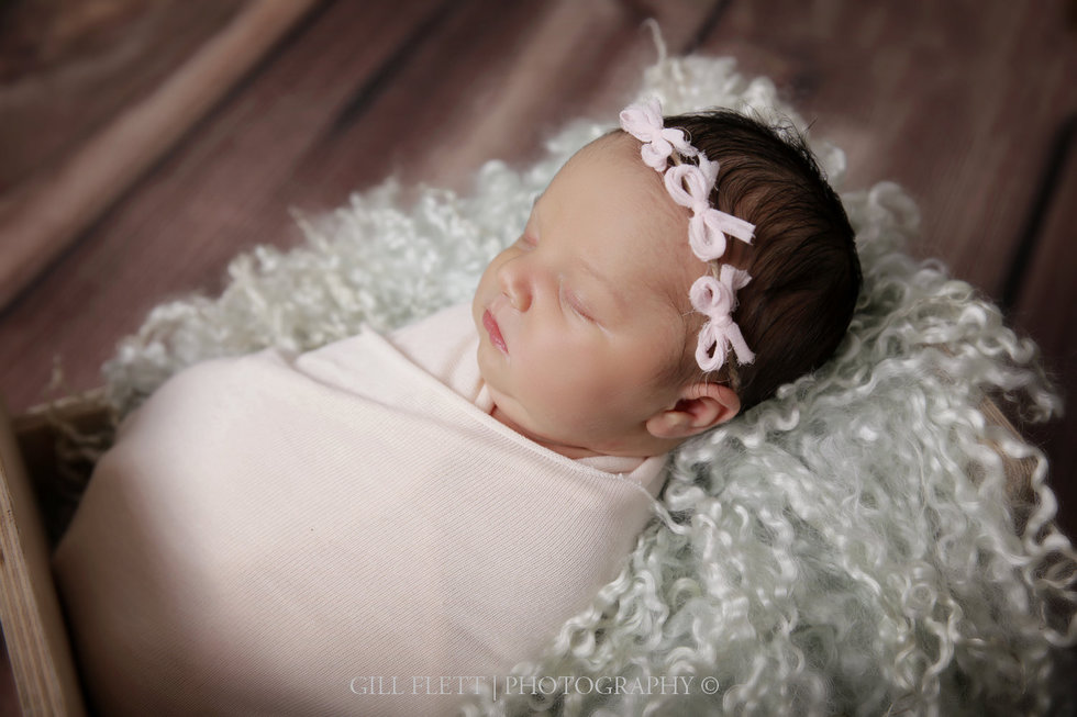 surrey-newborn-photographer-newborn-gillflett_IMG_0004.jpg