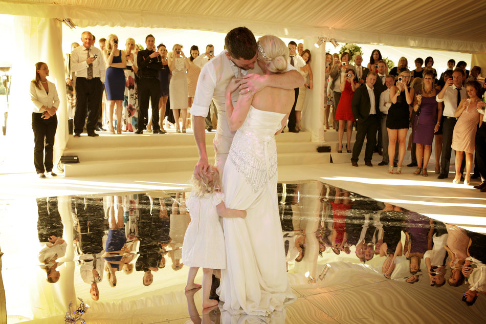 london wedding photographer first dance with daughter