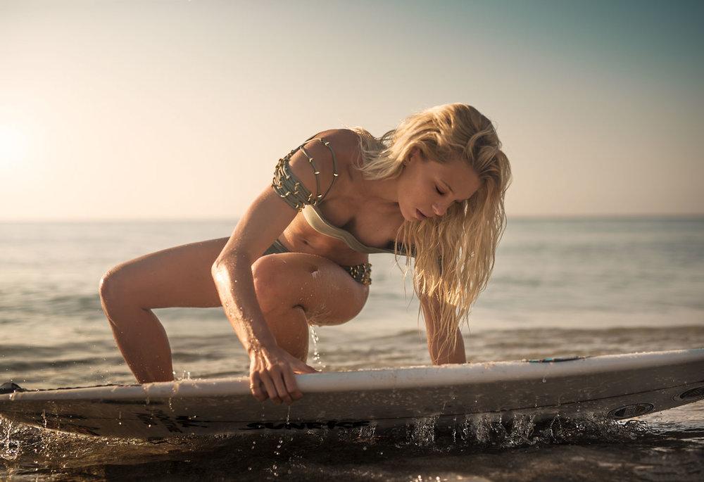 Alexa-March-Beach-i-(1182-of-557)-Edit.jpg
