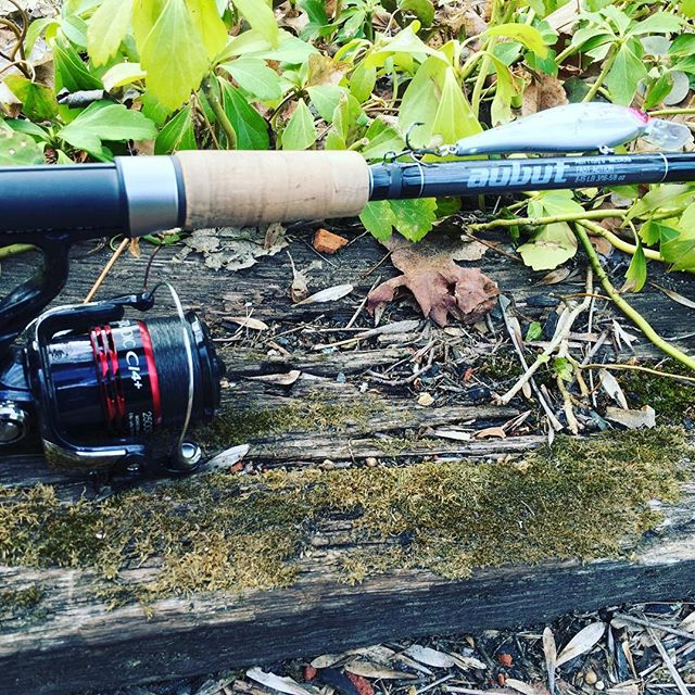 - Aubut Rods are built with these fine components.Fuji Guides and ComponentsAftcoWinthrop ToolREC Components, Recoil GuidesWinn GripsUnited Composites USARainshadow BlanksCentury BlanksSeeker BlanksMHX Blanks