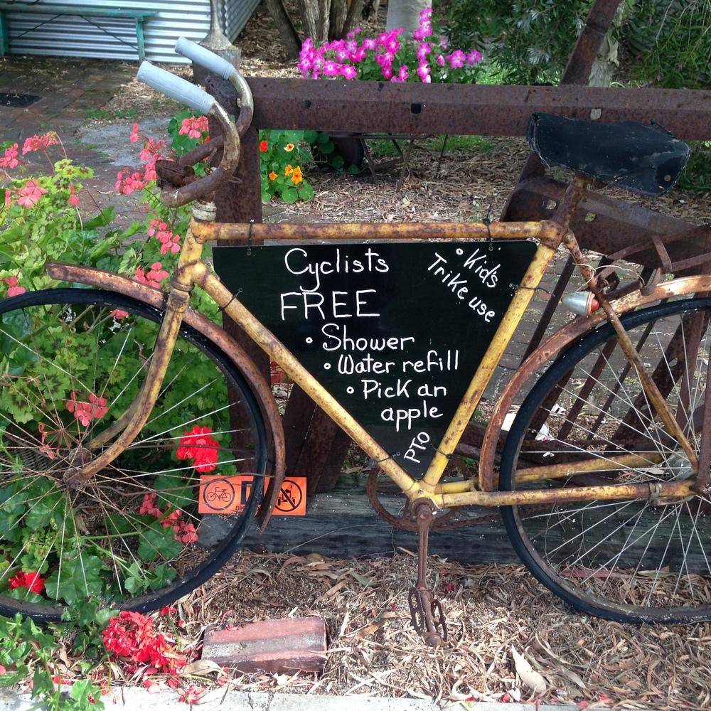 Oranje Tractor Winery - Albany