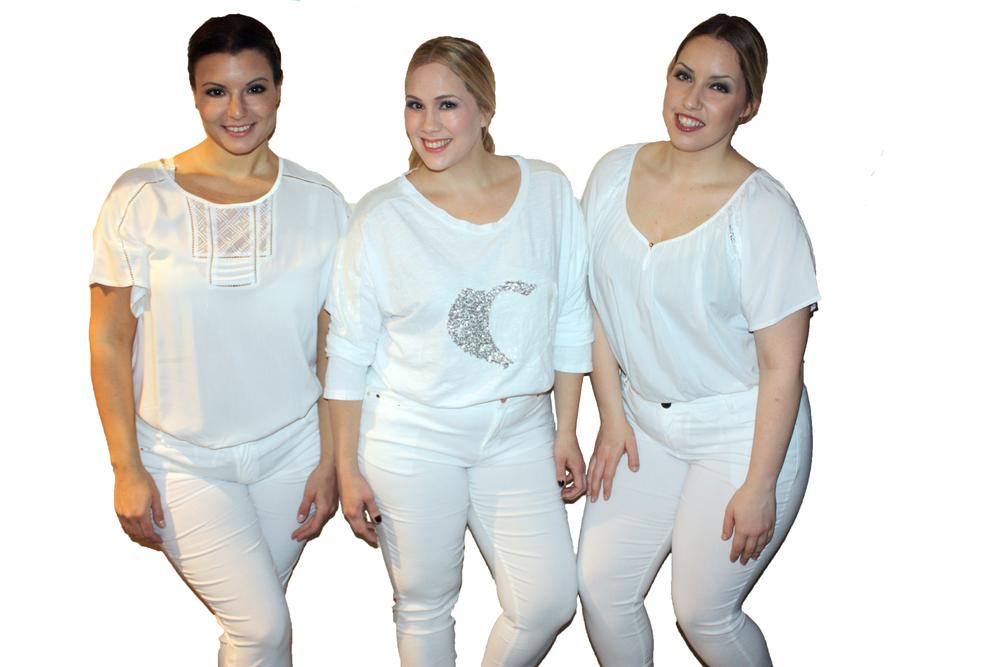 בתמונות NOEMI PLUS    הבוטיק מייבא מפריז אופנה מדליקה וקולית, בטווח מידות 34-52 במחירים נורמליים, ונמצא בבזל 32-33 תל אביב