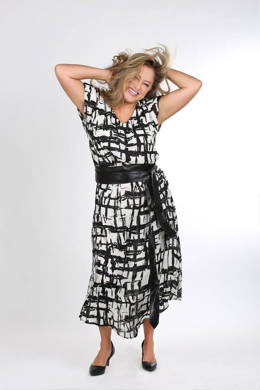 טליה שמלה 239 שח צילום נעמי ים סוף (12) (Copy).JPG