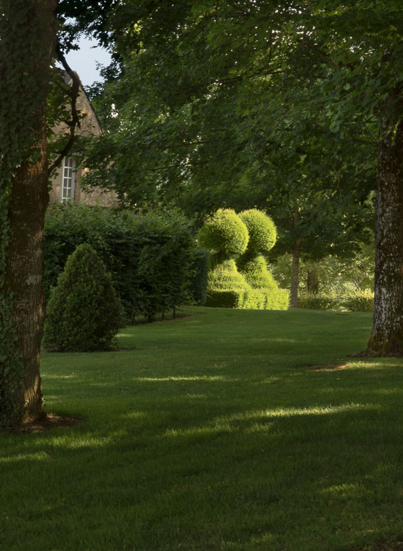 Hey...more topiary... photo by Philip Smith