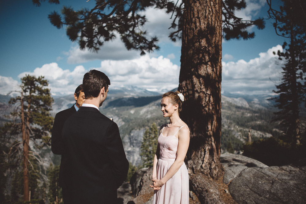 Inna_Alex_Yosemite_Elopement-3971.jpg