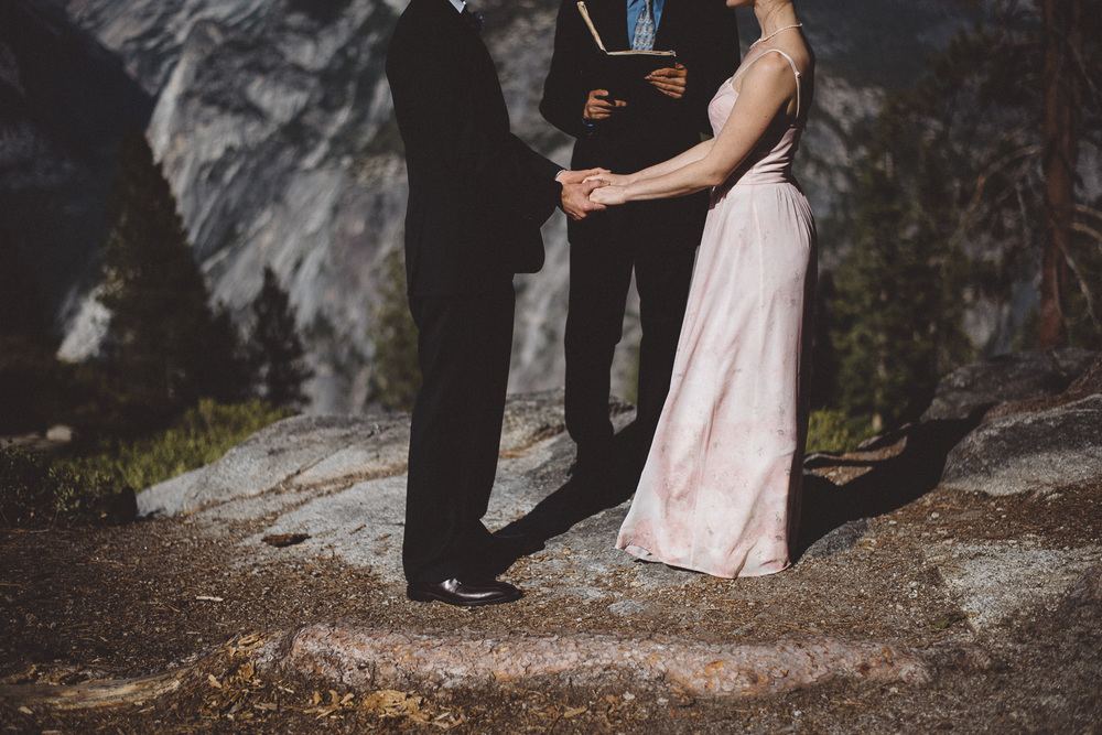 Inna_Alex_Yosemite_Elopement-3989.jpg