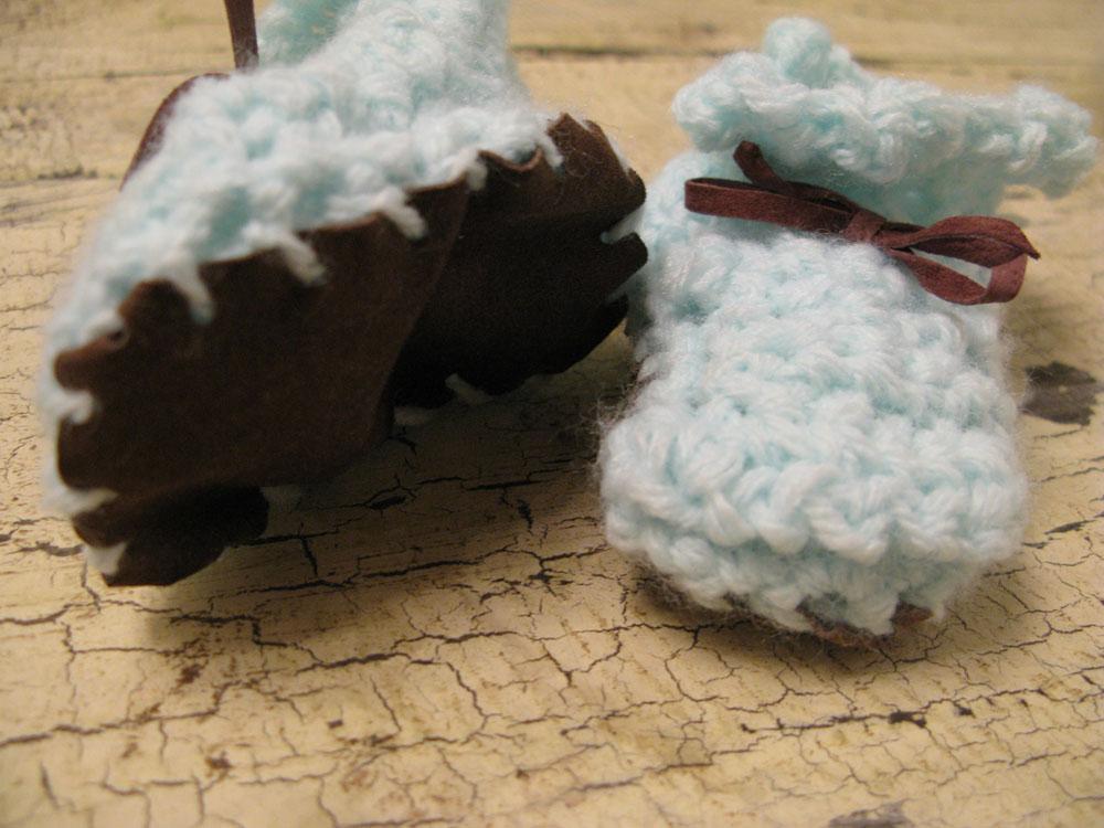 crochet-boots.jpg