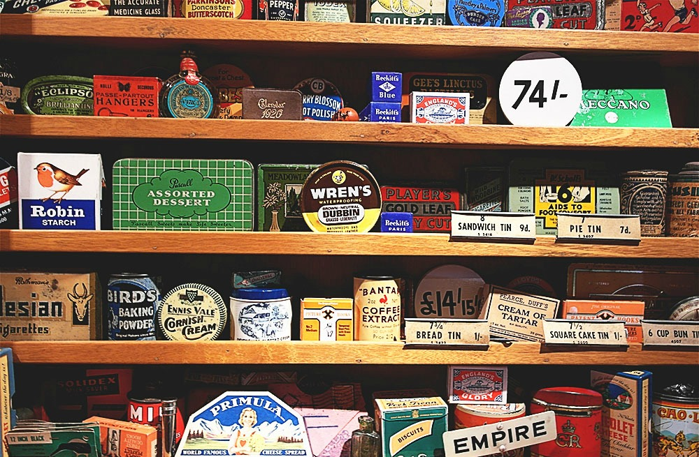 Vintage advertising collectables