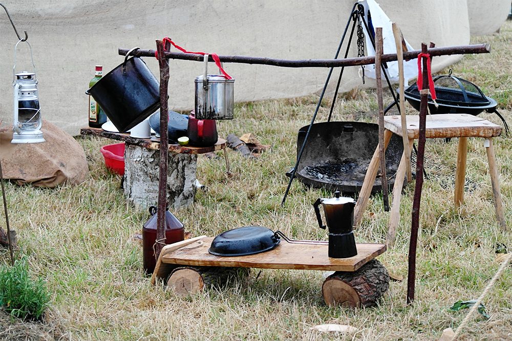 Axe & Paddle Bushcraft, Camp Bestival 2014