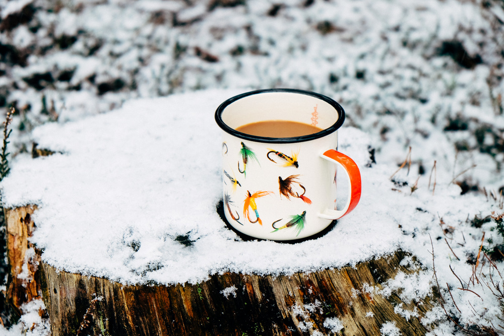 Hot coffee to warm the hands
