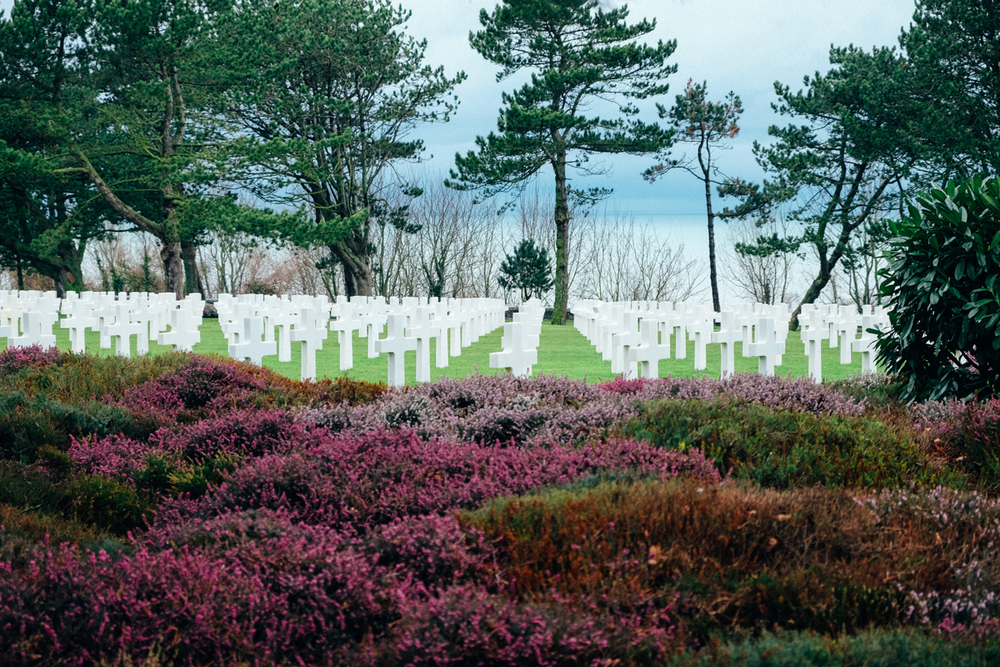 NORMANDY AMERICAN CEMETERY AND OMAHA BEACH