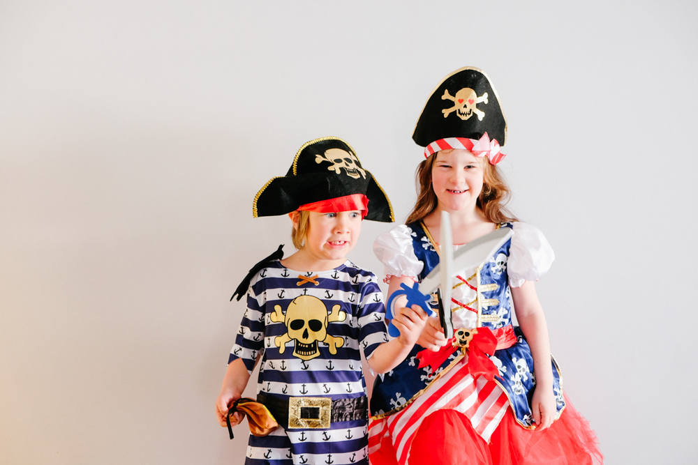 brother & sister kid pirates