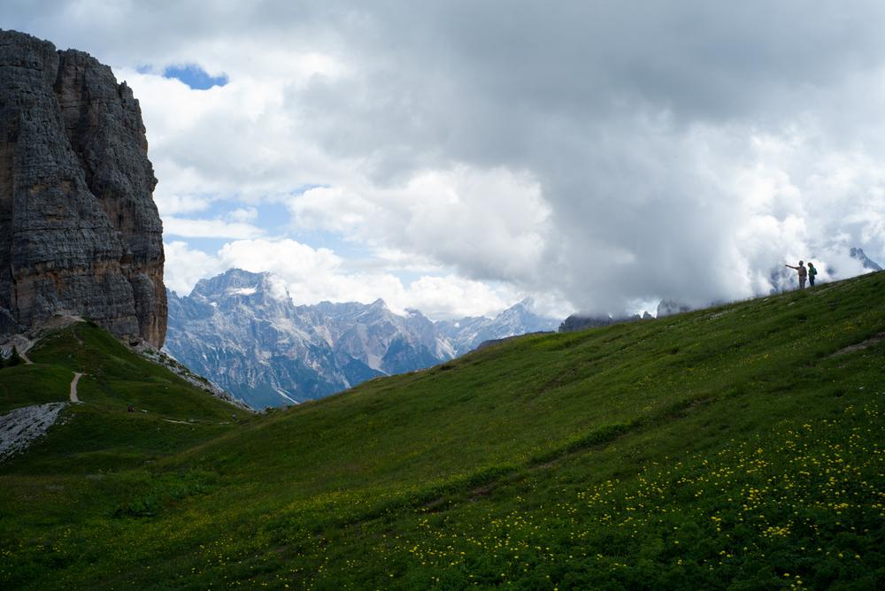 Hikers atthe Cinque Torri