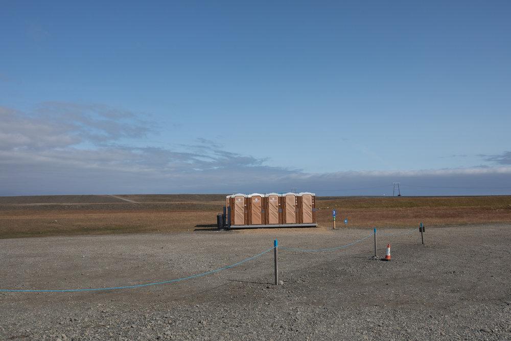 Portable toilets at Jökulsárlón