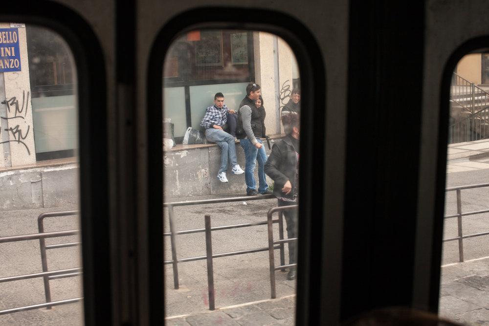 Through bus door, Catania
