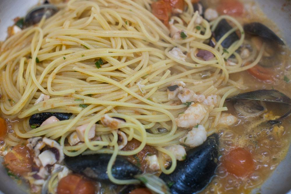 Spaghetti and seafood