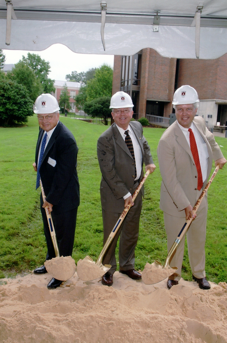 Groundbreaking ceremony - Auburn Dedication 2006 Miller Gorrie Building Science Facility.jpg