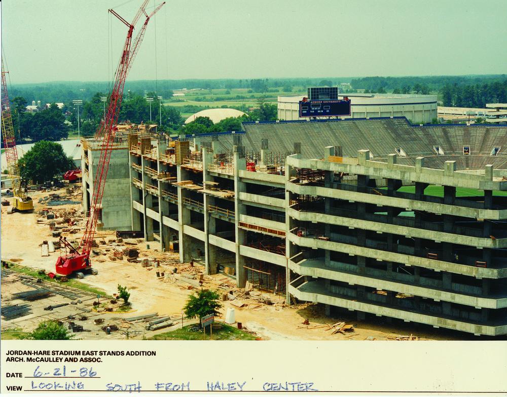 Jordan-Hare Stadium Auburn 1986.jpg