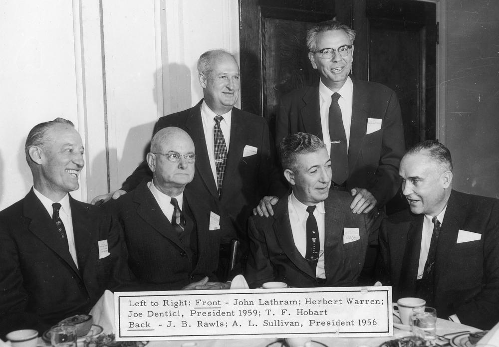 1956 1959.jpg