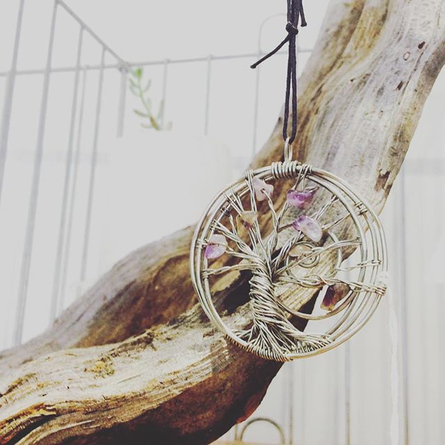 Dancing Spirit Jewelry by Amanda @amandalynrocks #wire #wirewrap #necklace #jewelry #jewellerylover #succulent #selenite #gypsum #crystal #plant #green #life #pretty #cute #donothing #floatation #juice #resonate #resonatejuice #organic #sweet #invermere #bc #canada