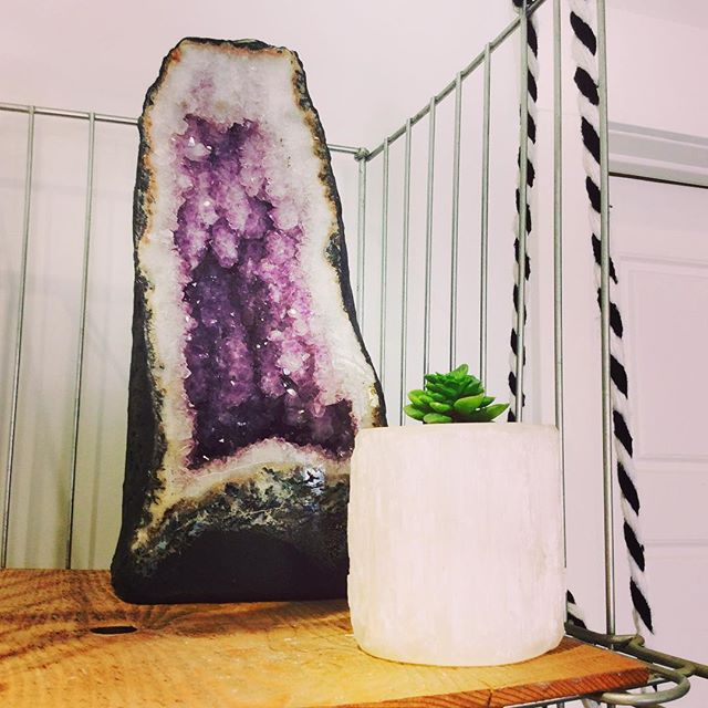 #amethyst #awesome #succulent #selenite #gypsum #crystal #plant #green #life #pretty #cute #donothing #floatation #juice #resonate #resonatejuice #organic #sweet #invermere #bc #canada