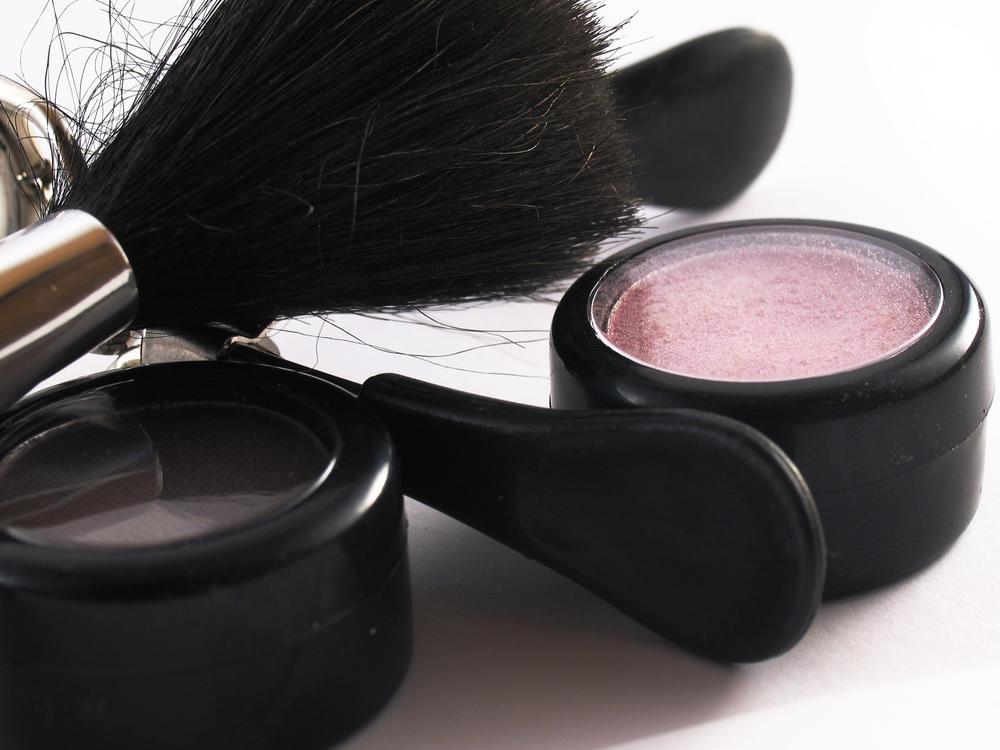 makeup pic.jpg