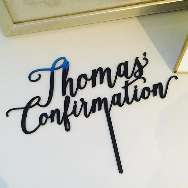 How great is the name Thomas ? How great is this #partystake #caketopper #customtopper #acrylictopper #communioncake #religion #confirmation #religiousexperience #topper #thesix #theoriginals #the6 #blackacrylic #acrylictopper