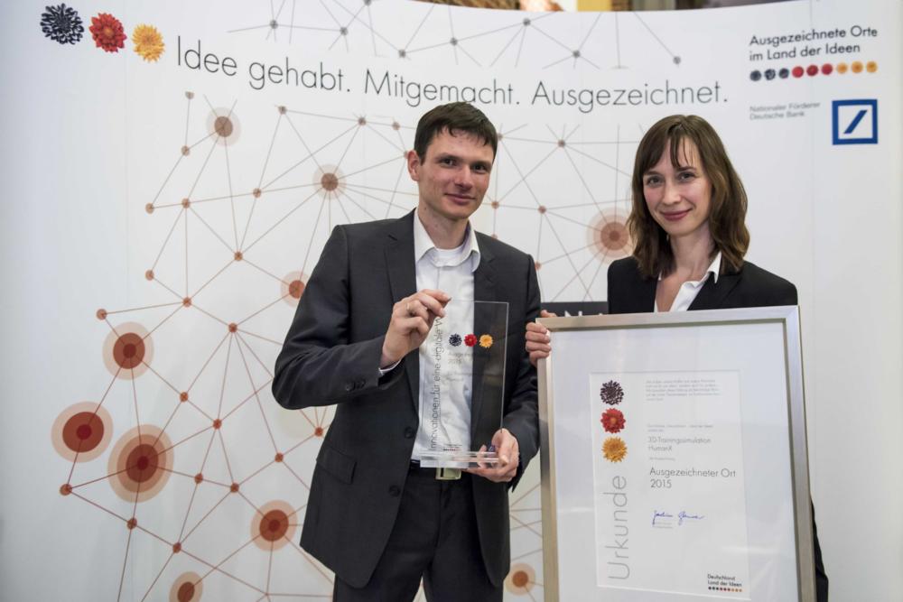 Preisverleihung-HumanX; Copyright: Deutschland – Land der Ideen/Bernd Brundert