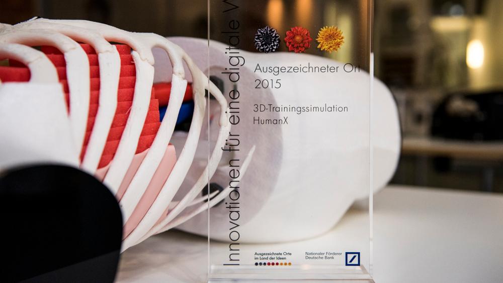 """HumanX ist Preisträger """"Ausgezeichneter Ort im Land der Ideen;Copyright: Deutschland – Land der Ideen/Bernd Brundert"""