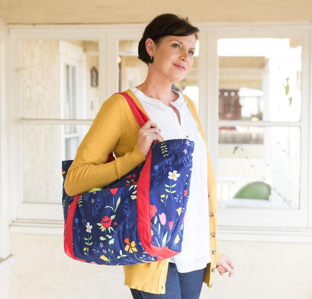 Noodlehead Poolside Tote with Sarah Jane Sommer Fabric