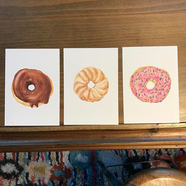 Donuts! Experimenting with colored pencils in my sketchbook and decided to turn them into prints. Available in shop now 🍩