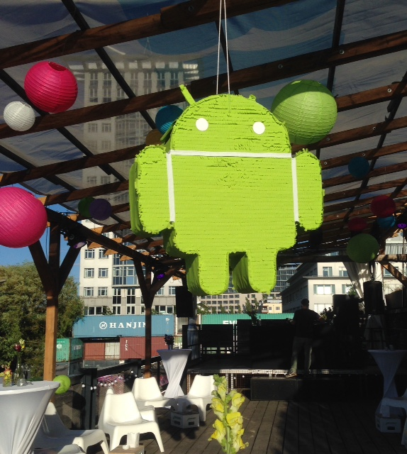 Android Piñata @ 2015's summer party