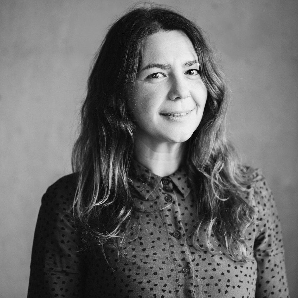 Silvia - Editor Spain