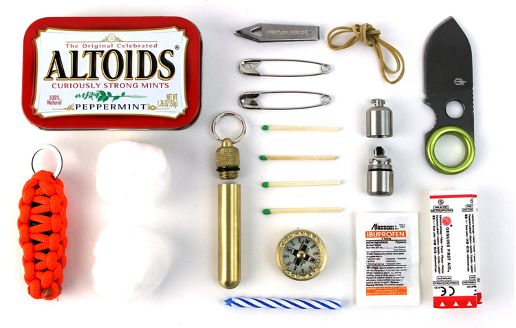 packlite :     A look at the ever-popular  Altoids survival tin .