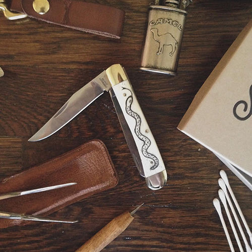 SCRIMSHAW KNIFE KIT - TRAPPER      check out more great stocking stuffers here.