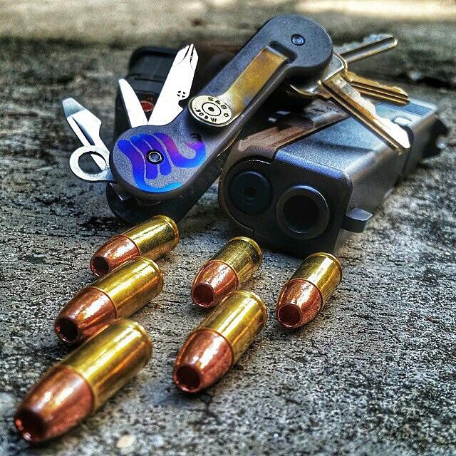 gunfanatics :     👉WWW.KEYBAR.US 👈 @KeyBar  Use coupon code: GunFan10 for 10% OFF.     #KEYBARARMY #KEYBAR #STOPTHENOISE #HARDWORKPAYSOFF #GLOCK #WEAPONS #GUNPORN #MOANLABE #2A #DTOM #AMERICA #HANDDUMP #EDC